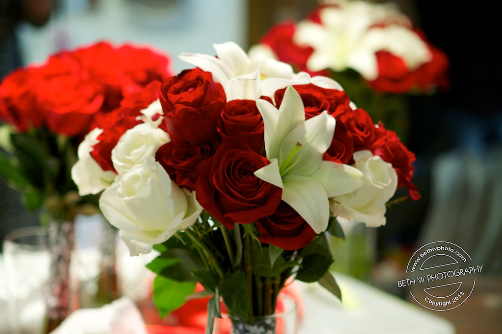 Karis Bouquet Red And White Roses White Lily March Bouquets
